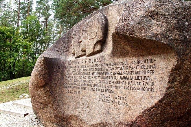 Explore the Šventoji River Trail