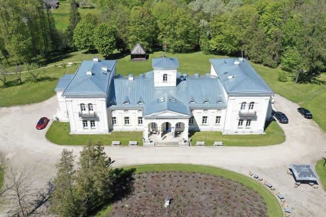 Burbiškis Manor